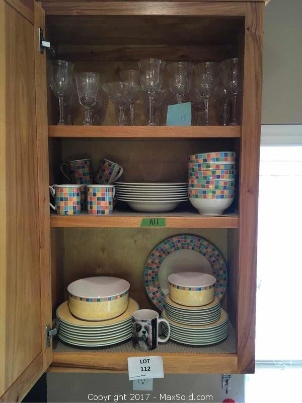 Villeroy And Boch Dinnerware And Stemware