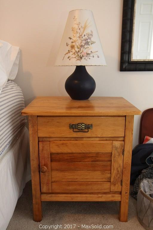 Lamp And End Table
