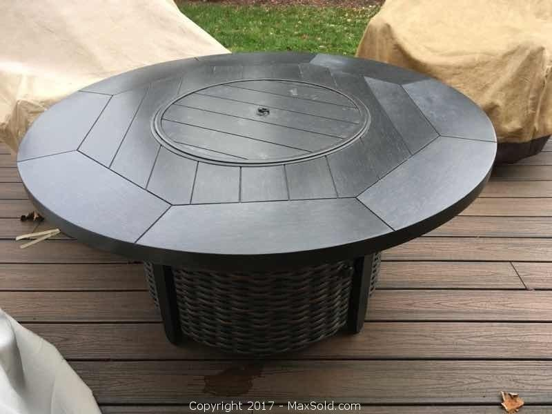 Ebel Patio Fire pit Table