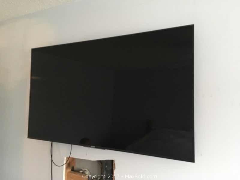 "Sony XBR 49"" 4K HDR Ultra HD Wall Mount Tv"