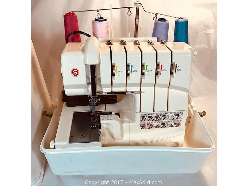 Singer Professional 5 Thread Serger Sewing Machine