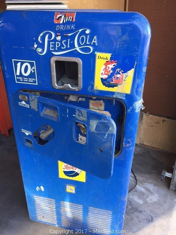 Pepsi Machine Garage